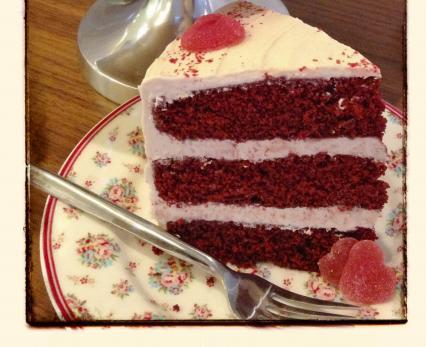 Red Velvet Cake with Cinnamon Buttercream