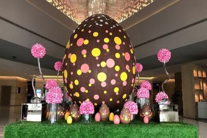 Giant Chocolate Easter Egg at Fairmont Dubai